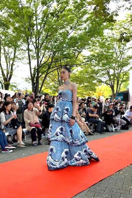 北斎ドレス